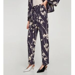 Zara Basic Navy Floral Dress Pants